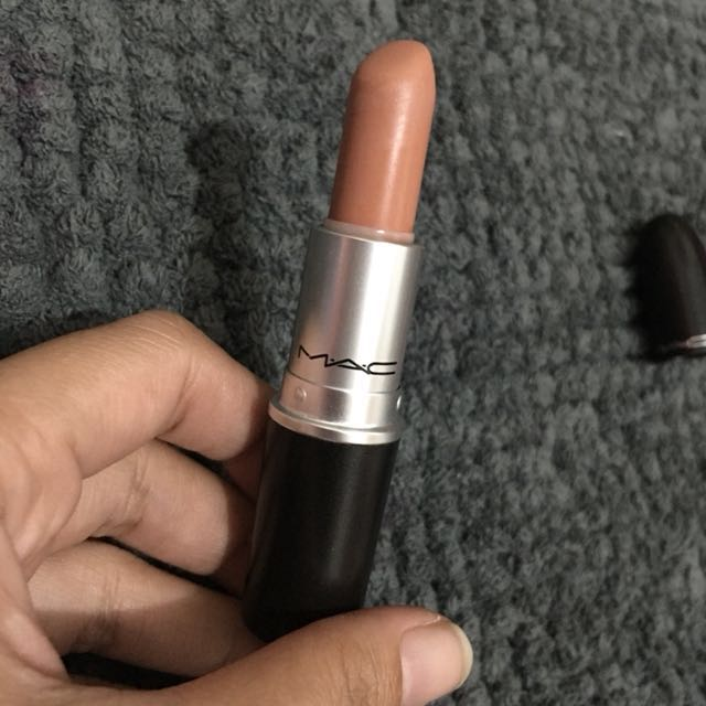 "MAC SATIN ""PEACH STOCK"""