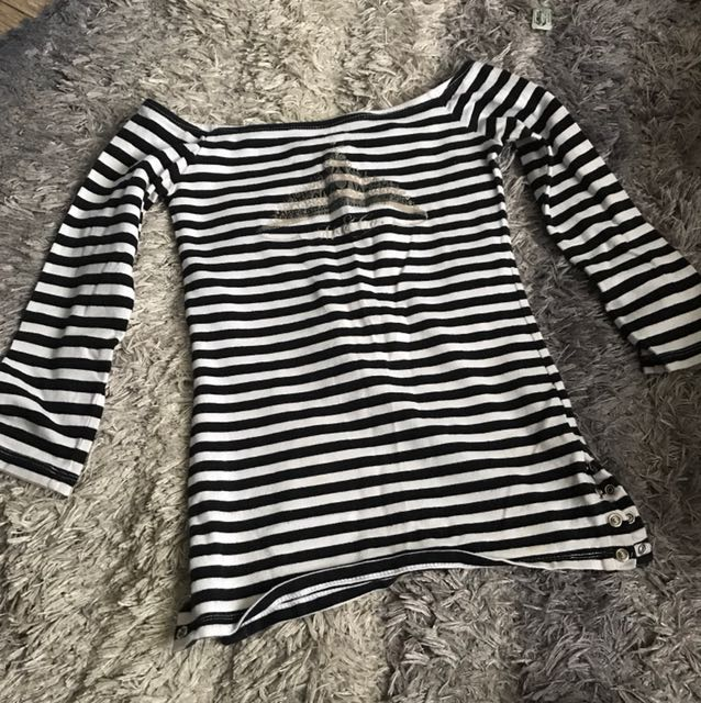 M&Co - Off the Shoulder Stripes Blouse -XS