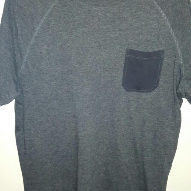 Men's grey t shirt