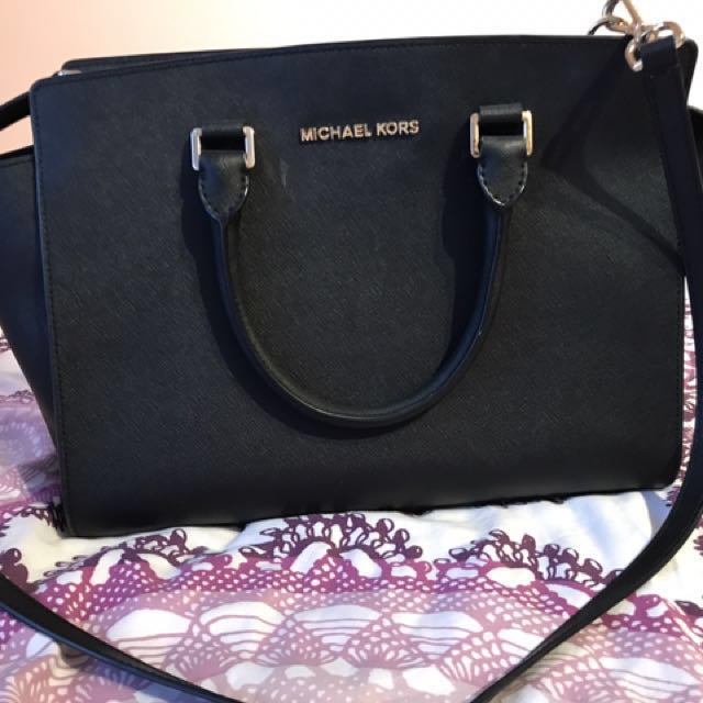 Michael Kors Large Saffiano Tote