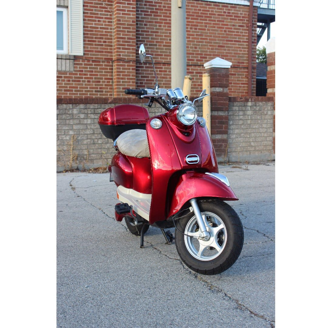 Motorino XPv in Mint Condition, only 2,600 Kms