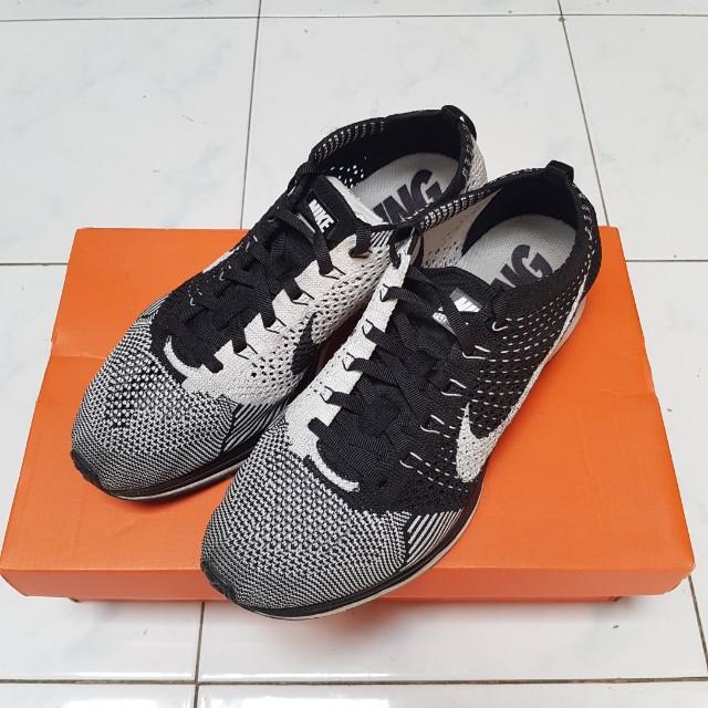 Nike flyknit bw 8us