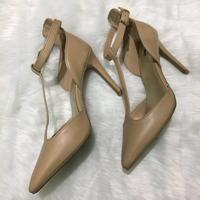 Nude/Tan High Heels