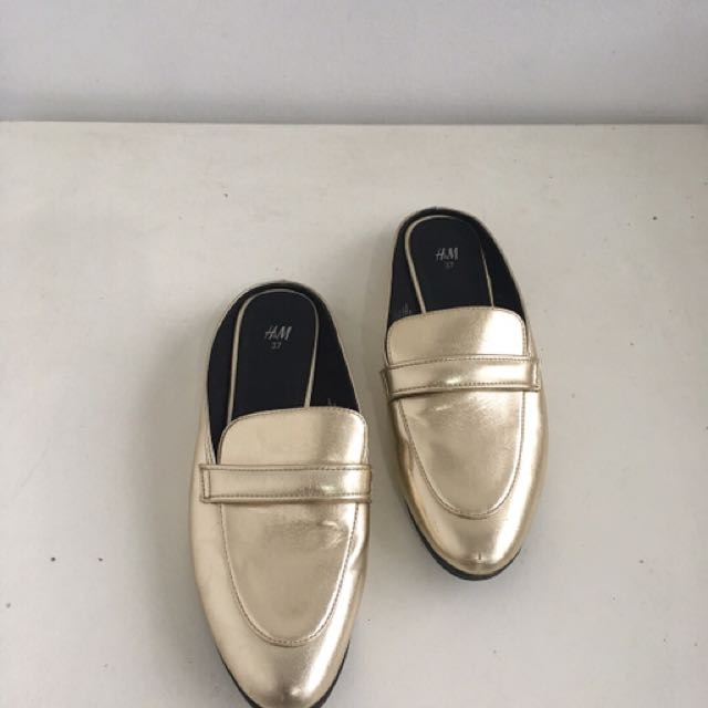 Preloved HnM shoes size 37
