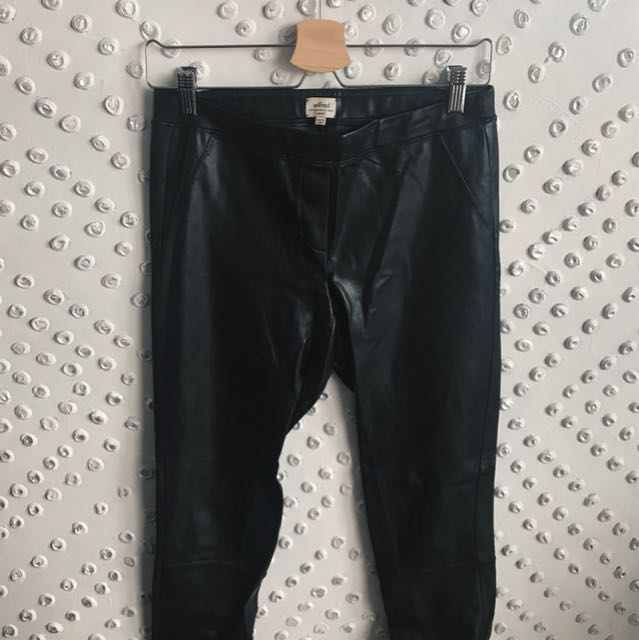REDUCED PRICE - Aritzia Wilfred Vegan Leather Leggings - Size S