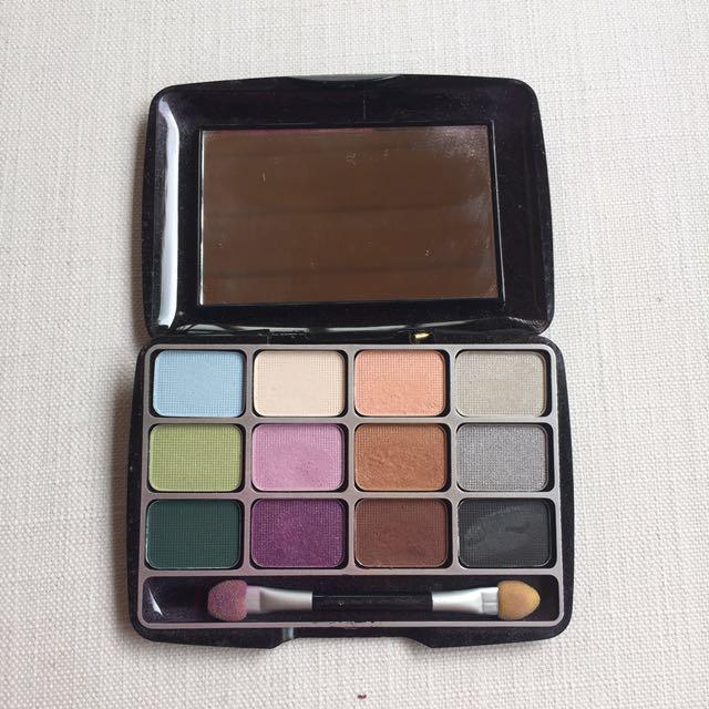 (REPRICED) Ever Bilena 12 Shade Eyeshadow Palette