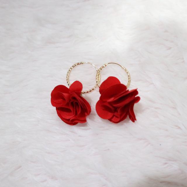 Rose Round Earrings