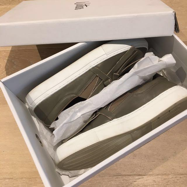 Size 7/38 Wittner Orianne leather sneaker