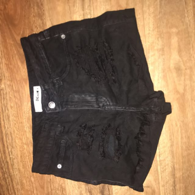 Suprè black ripped denim shorts