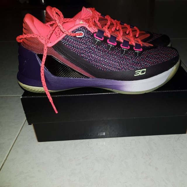 ece83769aa5e Under Armour Curry 3 Low US 7
