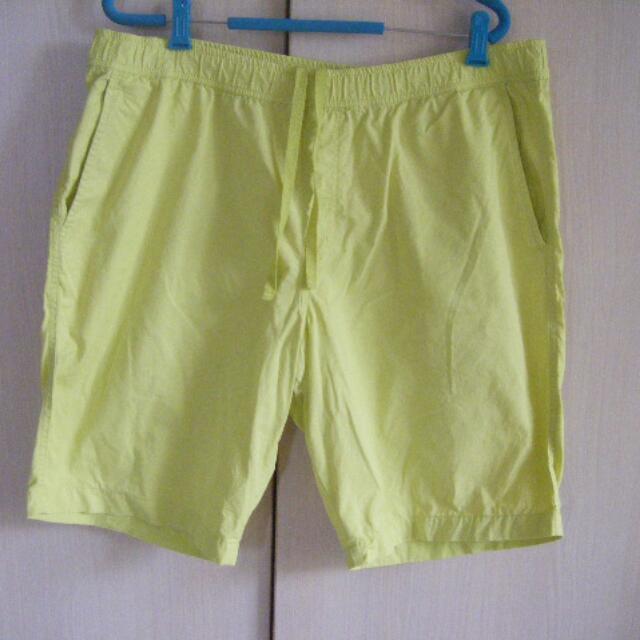Uniqlo  螢光綠/卡其黃色 休閒五分褲 XL