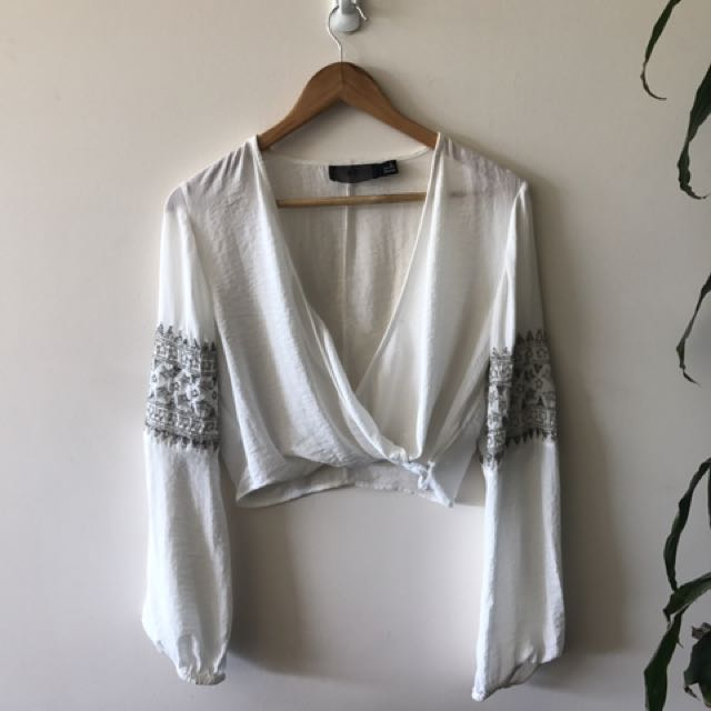 *worn once* boho bell sleeve top size M