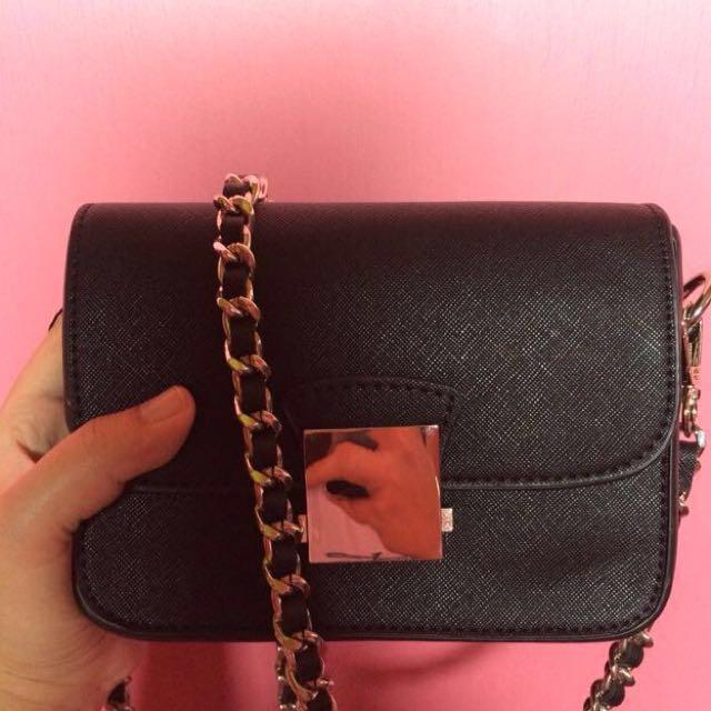 Zara Crosbody slingbag with 2 strap