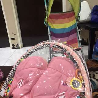 Stroller buggy and baby play mat