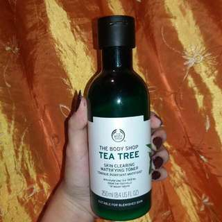 The Body Shop Tea Tree Skin Mattifying Toner