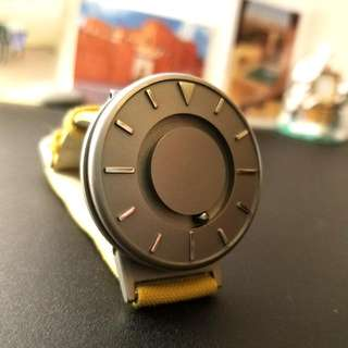 Eone The Bradley 黃色真皮手錶