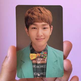 WTT/WTS SHINee Onew Photocard