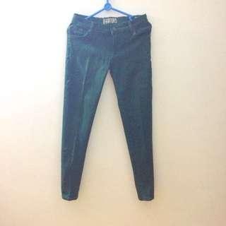 Jeans Hijau