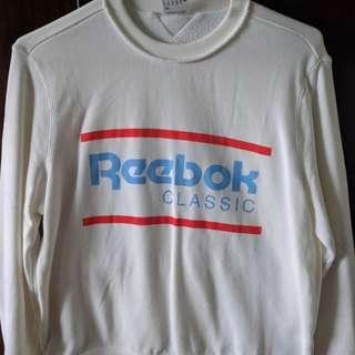 Rebook Vintage Sweatshirt.