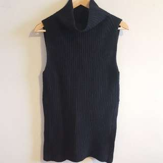 Size XS Wilfred Knit Top