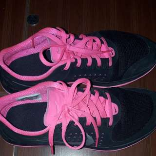 REPRICED authentic nike shoes