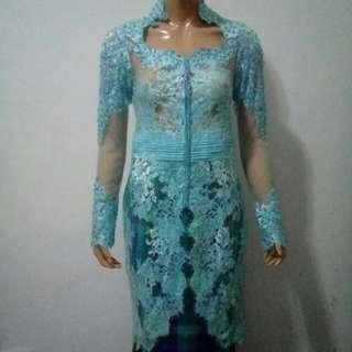 Kebaya long elegant blue