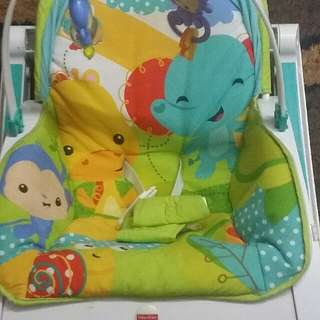 FISHER PRICE BABY BOUUNCER
