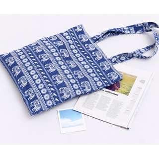 🚚 ^伊啵^大象民族風 肩背包 帆布袋 購物包拉鍊 側背包 手提袋 帆布包 010B1382