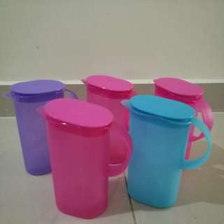 Jug Tupperware