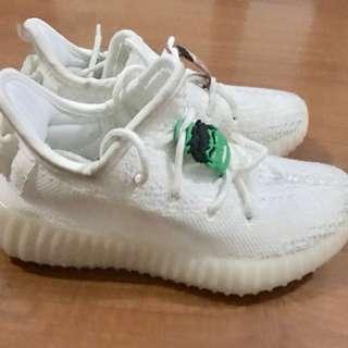 Kids Adidas Yeezy Boost Rubbershoes