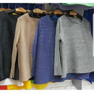 Pearlish pleats (Fixed price)