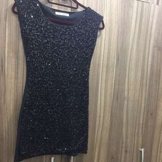 Small Black Dress ( sequins Front)