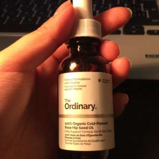 The Ordinary Cold-Pressed Rose Hip Oil