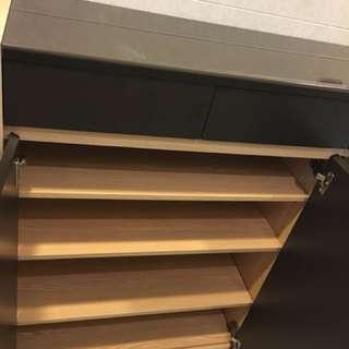 雜物櫃 / 鞋櫥 Storage Cabinet / Shoe Cabinet