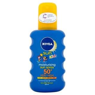 NIVEA Sun Moisturising Sun Spray SPF 50+ Kids 200ml