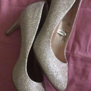 Glittery heels rose gold size 8