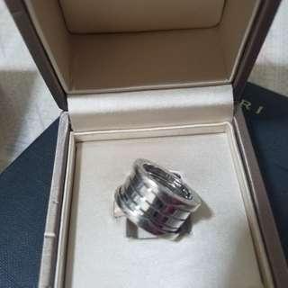 Bvlgari zero one ring (18k ) au750 italy