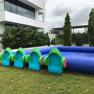 Inflatable Pool with paddle boat