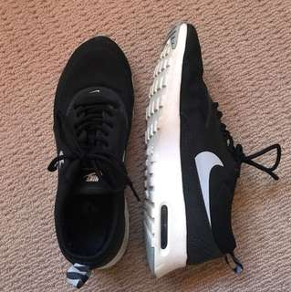 Women Nike Air Max Thea
