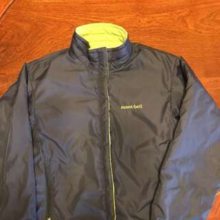 日本mont-bell童裝 有厚度綿褸外套,雙面著 深藍色&青蘋果綠色,100%real & 90%new 單面度胸位46cm 身長50cm 袖長48cm👍🏿👍🏿