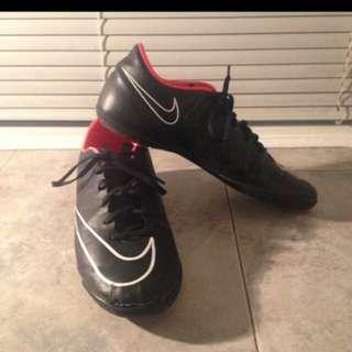 Nike mercurial indoor soccer cleats