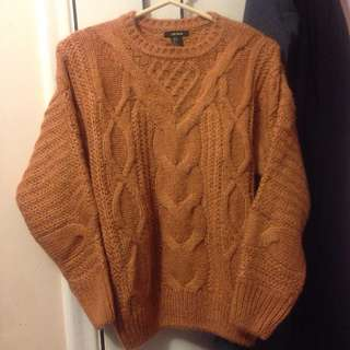 ✨Forever 21 Cable Knit Sweater