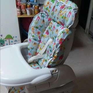 Combi餐椅