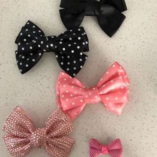 5x Bows With Clip -New