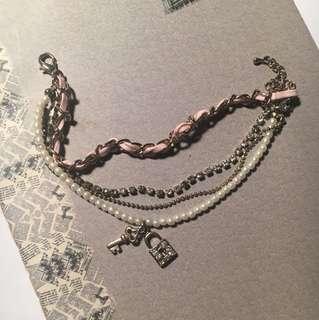 Bracelet (layers)