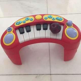 Piano for age 1-4 yo