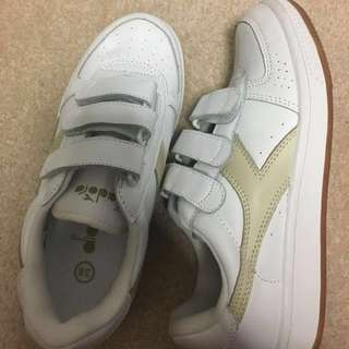diadora shoes NEW