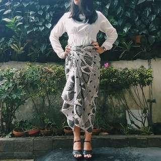 Monochrome Batik 01