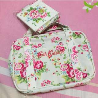 Brand New Cath Kidston Make Up Pouch In Floral Prints