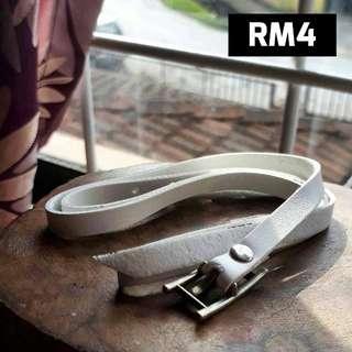 Buckle Wrap Bracelet ( White )